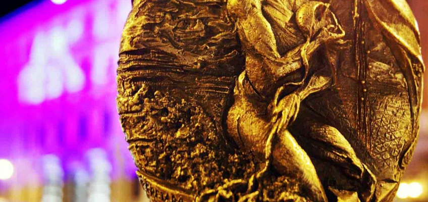 175th commemorative sculpture: Artist: Laura Cretara, Rome (ph. Marino Sterle, Trieste)
